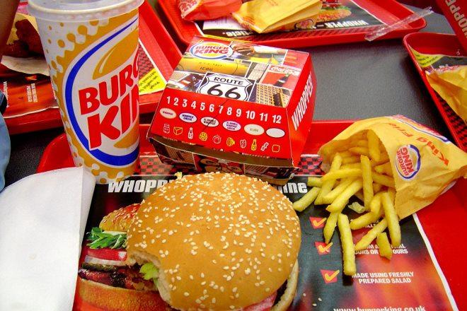 Burger King: Γιατί αργεί να ανοίξει το πρώτο κατάστημα στην Ελλάδα;