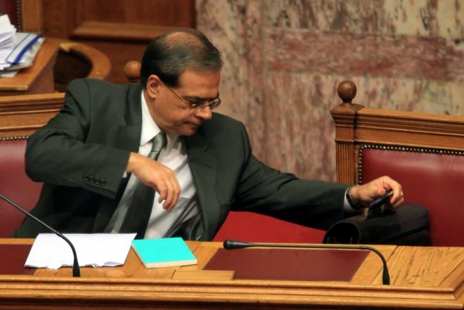 ΣΥΡΙΖΑ: Έκθετος ο Χαρδούβελης και όσοι τον όρισαν ΥΠΟΙΚ