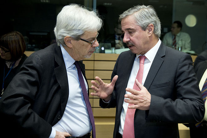 Στις Βρυξέλλες ο Γιάννης Μανιάτης για τη πώληση της ΔΕΣΦΑ στην SOCAR