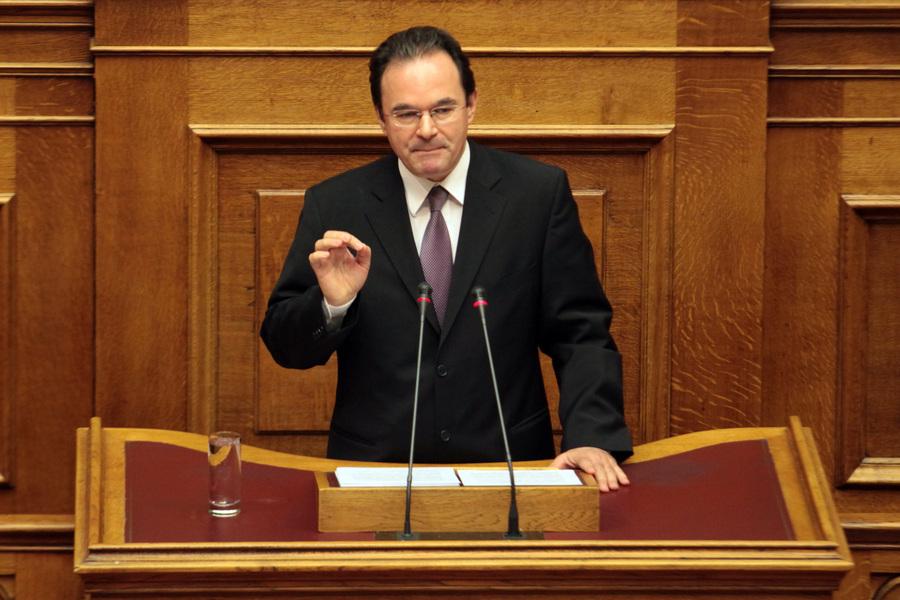 Γιατί παραπέμπεται στο Ειδικό Δικαστήριο ο Παπακωνσταντίνου