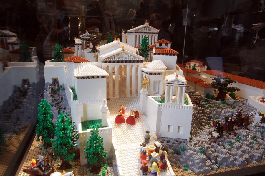 Μια Ακρόπολη από 120.000 τουβλάκια Lego