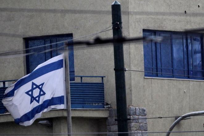 Τι δείχνει η έρευνα της ΕΛΑΣ για το χτύπημα στην Πρεσβεία του Ισραήλ