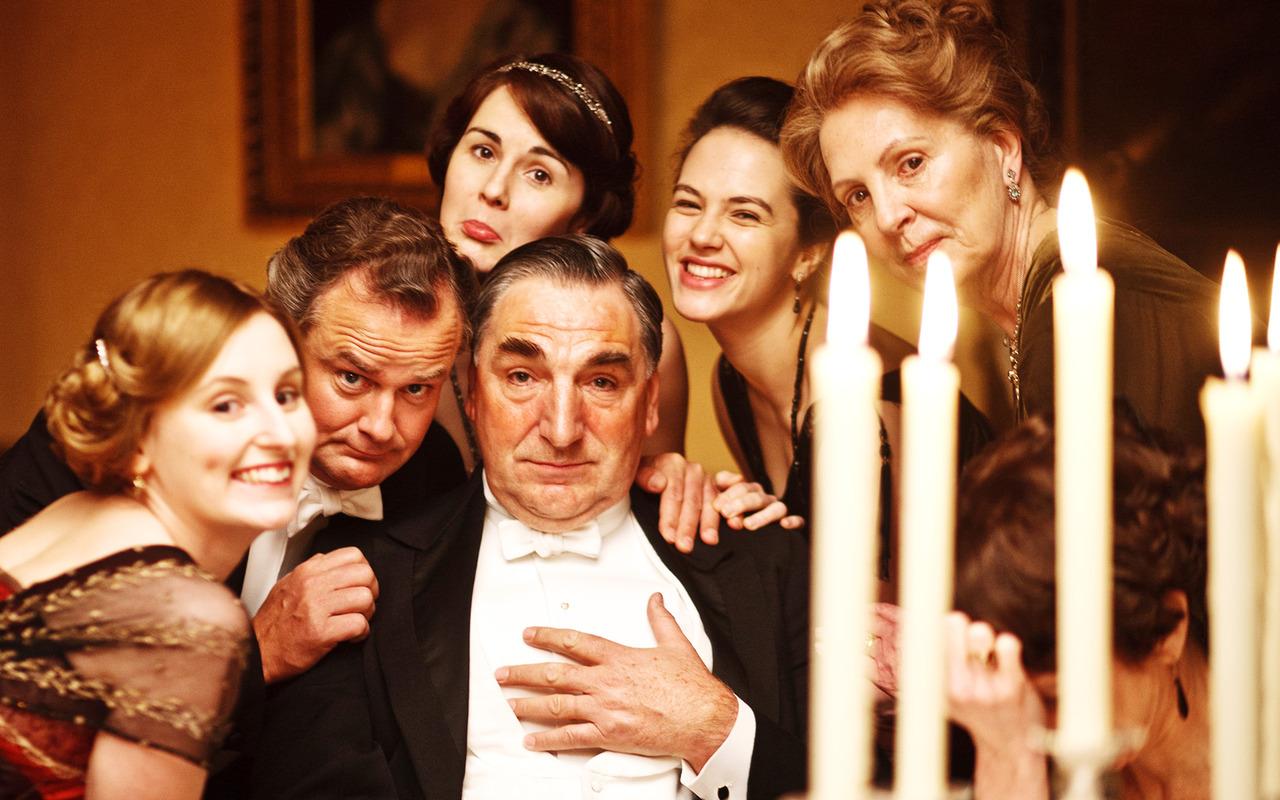 Το Downton Abbey ανοίγει τις πύλες του για δύο τυχερούς με τη βοήθεια της Airbnb (Βίντεο)