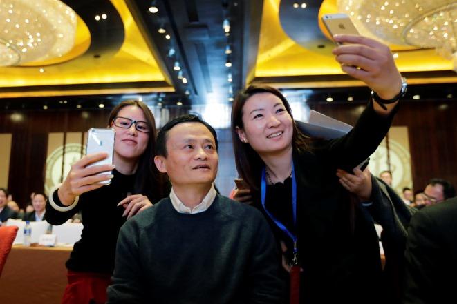 Από δάσκαλος αγγλικών ο πιο πλούσιος στην Ασία
