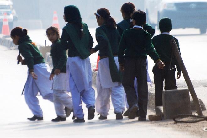 Φρίκη από επίθεση των Ταλιμπάν σε σχολείο