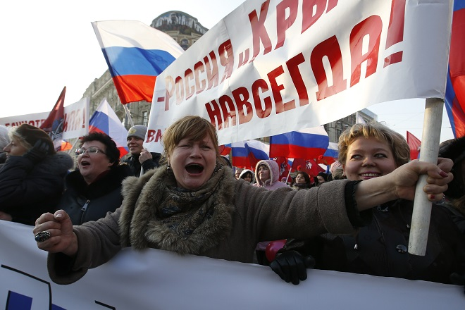 Η ΕΕ «ξαναχτυπά» τη Ρωσία με νέες κυρώσεις στις συναλλαγές της Κριμαίας