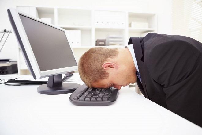 Γιατί νιώθετε διαρκώς κουρασμένοι;