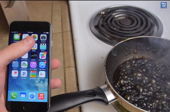 Τι γίνεται όταν βράζουμε ένα iPhone 6 μέσα σε Coca Cola;