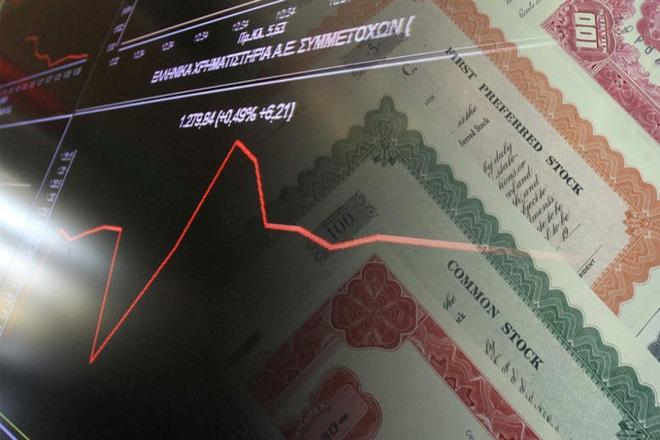 Η αναταραχή στις χρηματαγορές οδήγησε το 10ετές ομόλογο πάνω από το «φράγμα» του 4%
