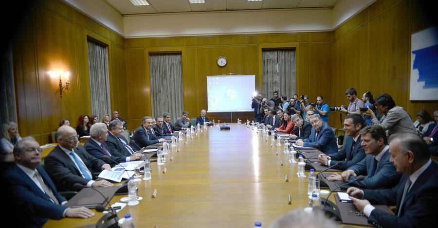Υπουργικό «συμβούλιο εκλογών» από τον Αντώνη Σαμαρά