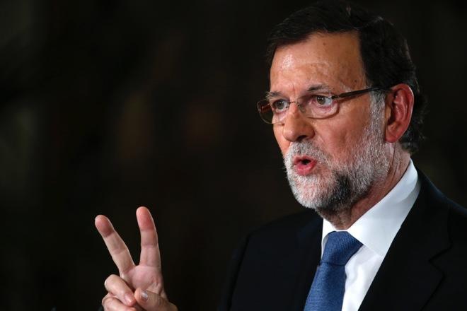 Μπροστά το κυβερνών κόμμα του Ραχόι σε νέα δημοσκόπηση στην Ισπανία