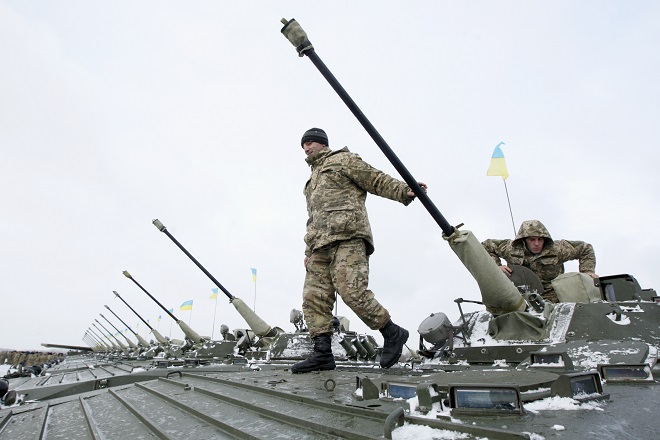 Τρείς νεκροί από τις μάχες στο αεροδρόμιο του Ντονέτσκ