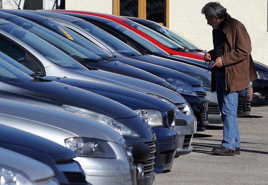 Αυξήθηκαν οι πωλήσεις αυτοκινήτων το 2014