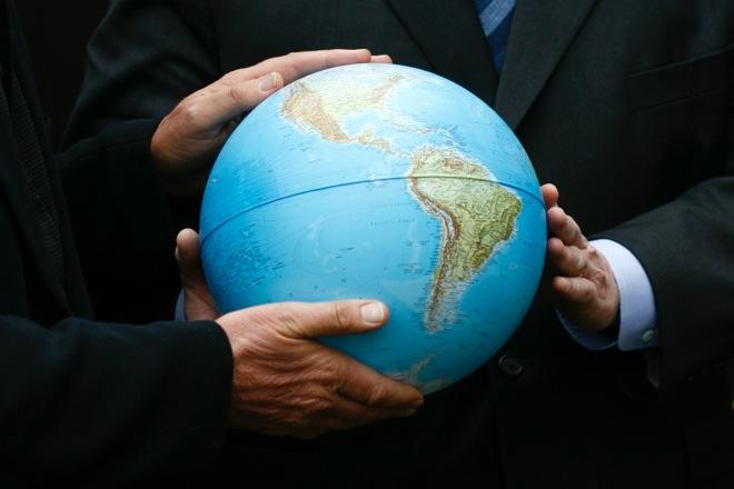 Πόσοι άνθρωποι στις ΗΠΑ πιστεύουν ότι η Γη δεν είναι σφαιρική;