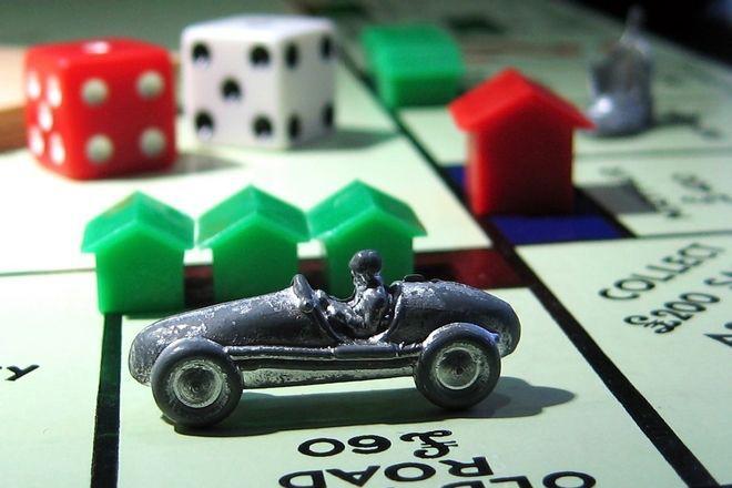 Monopoly-4d433591f0fbb_hires