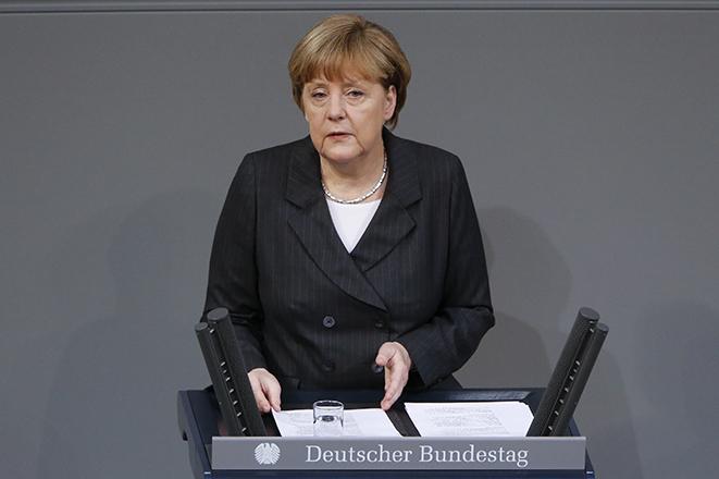 Μέρκελ: Δεν είναι «η εβδομάδα του πεπρωμένου» του ευρώ