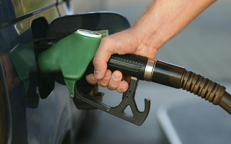 Στα ύψη η βενζίνη στην Ελλάδα μετά τη νέα κρίση του Ιράν