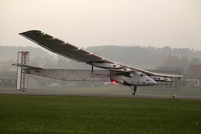 Έτοιμο για τον γύρο του κόσμου το ηλιακό αεροπλάνο Solar Impulse 2