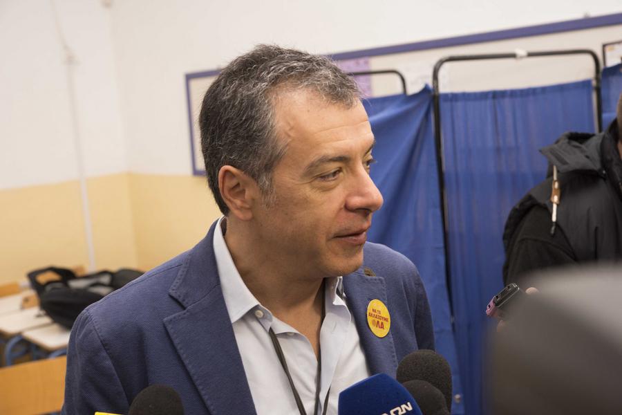 Θεοδωράκης: Ο κ. Καμμένος εκπροσωπεί ακροδεξιές και αντιευρωπαϊκές απόψεις
