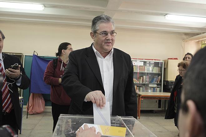 Κουτσούμπας: Στις ίδιες ράγες του ευρωμονόδρομου θα κινηθεί ο ΣΥΡΙΖΑ