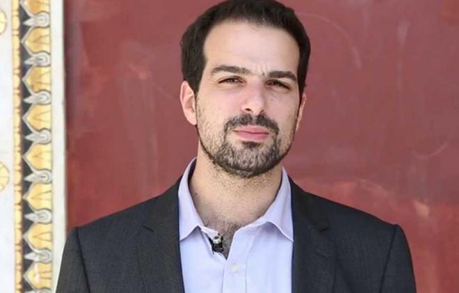 Σακελλαρίδης: Δεν έχουμε κάνει κωλοτούμπα στο ζήτημα του χρέους