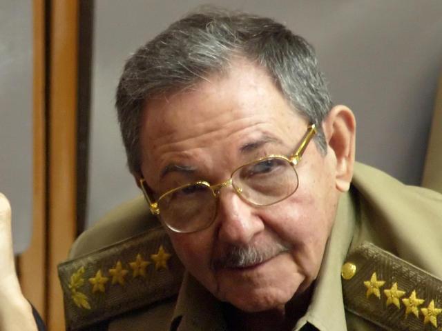Ραούλ Κάστρο: «Σύντροφε Τσίπρα, σε συγχαίρω  για τη μεγάλη νίκη»