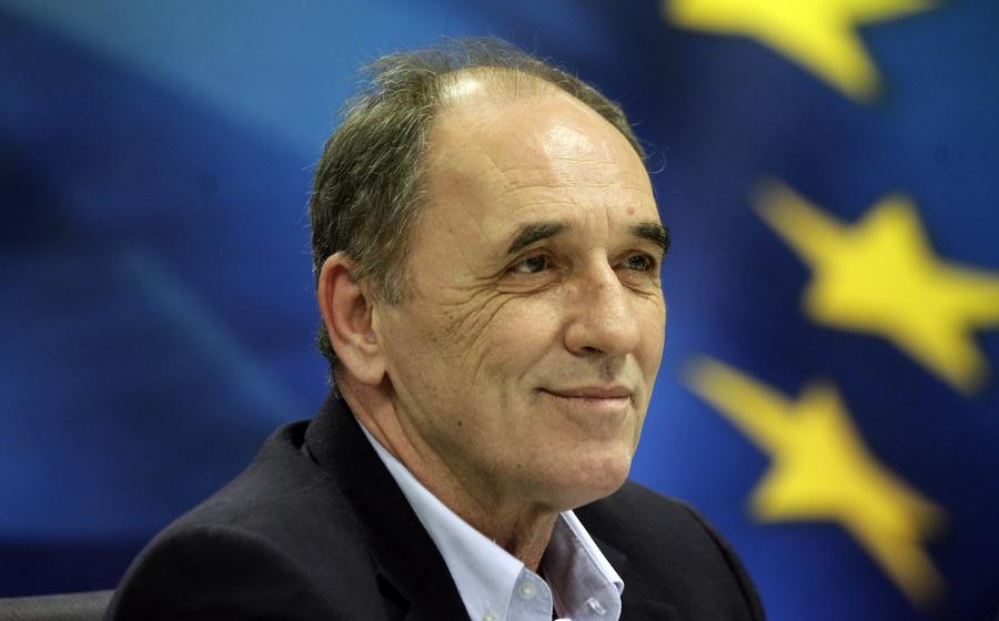 Ρύθμιση των «κόκκινων» δανείων προανήγγειλε ο Γιώργος Σταθάκης