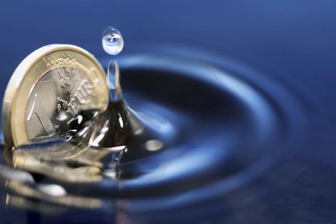 Η Ευρωζώνη «βουλιάζει» στον αποπληθωρισμό