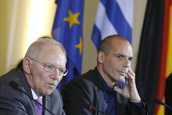 «Η Ελλάδα δεν πρέπει να ενδώσει στον γερμανικό εκφοβισμό»