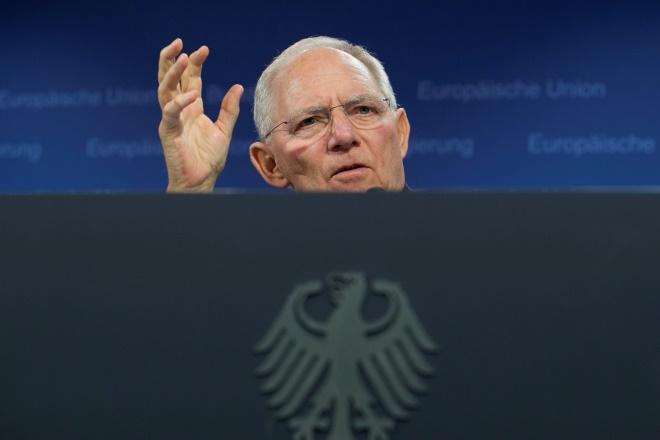Σόιμπλε: Συμφέρει τη Γερμανία η σταθερή κυβέρνηση, αλλά δεν καταστρεφόμαστε χωρίς αυτήν