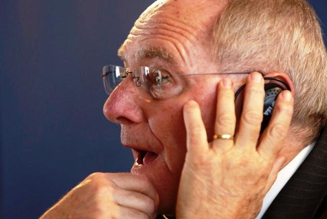 Σόιμπλε: Ευχάριστο ότι η ανακεφαλαιοποίηση δεν υπερβαίνει τα 25 δισ. ευρώ