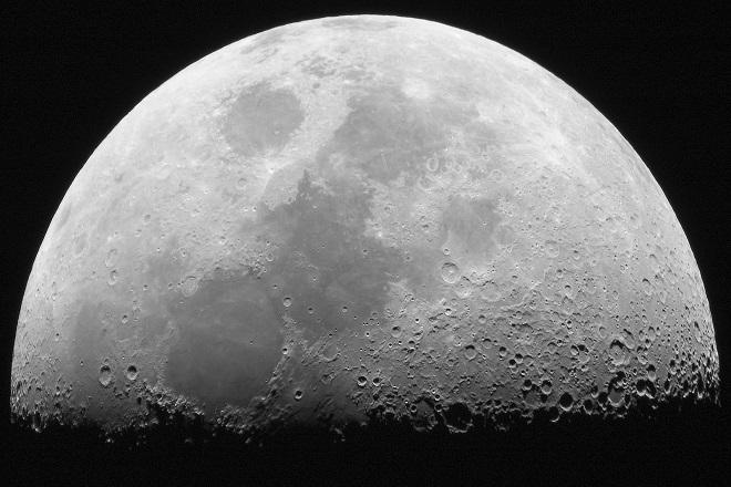 Η Ρωσία θέλει να στείλει άνθρωπο στο φεγγάρι