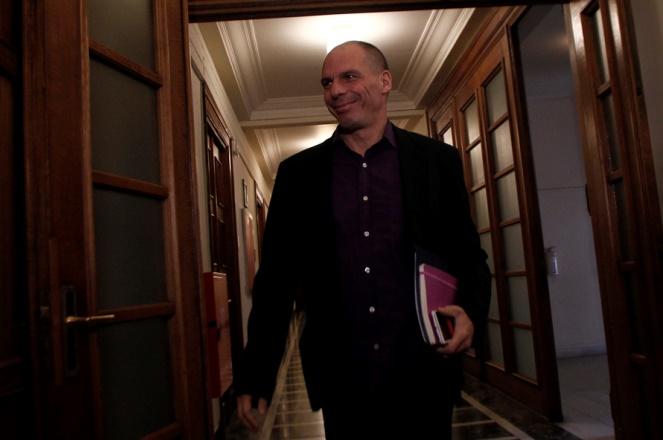 Βαρουφάκης: Πήρε μαζί του το αίτημα δίμηνης παράτασης ο Χαρδούβελης