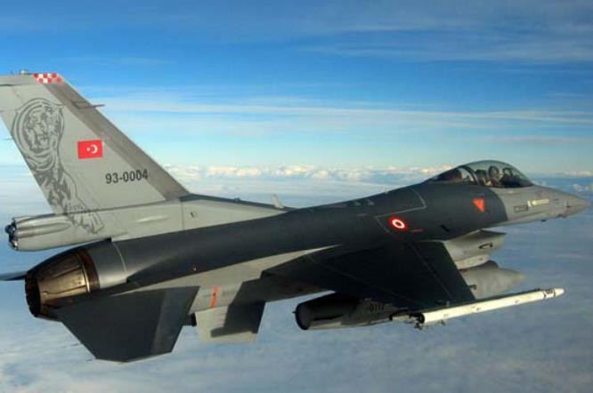 Πτήσεις τουρκικών F-16 πάνω από Καστελόριζο, Στρογγυλή και Ρω