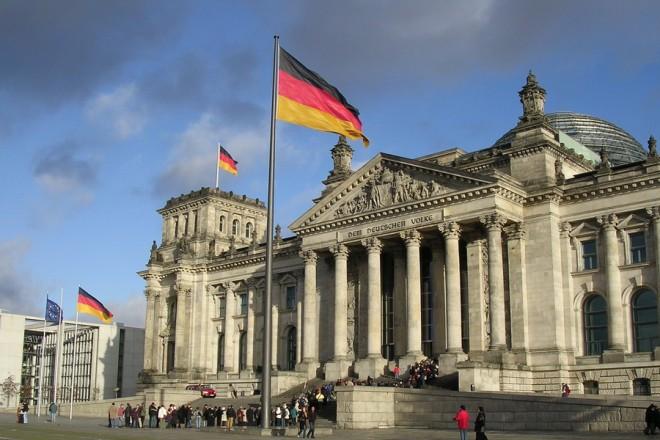 Εξηγήσεις ζητάει η Ελλάδα από τη Γερμανία για τις παρακολουθήσεις