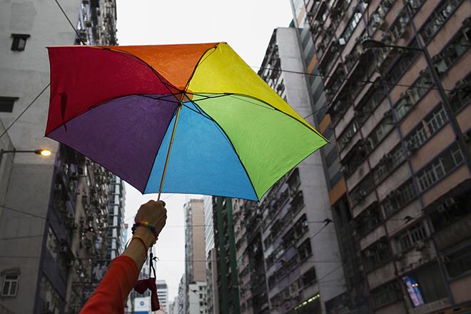 Ο επιχειρηματικός κόσμος των ΗΠΑ πανηγυρίζει τη νομιμοποίηση των gay γάμων