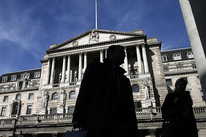 «Καμπανάκι» από την Τράπεζα της Αγγλίας υπό τον κίνδυνο Brexit