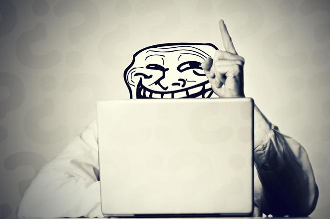 Πώς θα ήταν το ίντερνετ χωρίς trolls και spammers