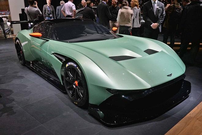 Οι νέες Aston Martin που θα σώσουν το μέλλον της