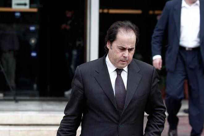La Stampa: Το δεξί χέρι του Σαμαρά και η θαμμένη φοροδιαφυγή