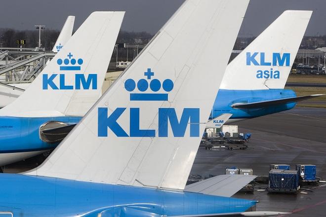 Η KLM ενημερώνει τους επιβάτες στο «Ελευθέριος Βενιζέλος» για τις βιώσιμες αερομεταφορές