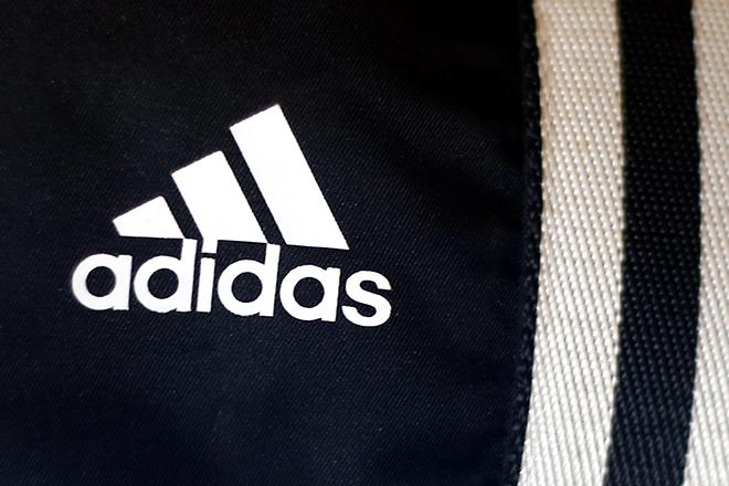 Γιατί η Adidas εντυπωσιάζει τους επενδυτές με τις επιδόσεις της