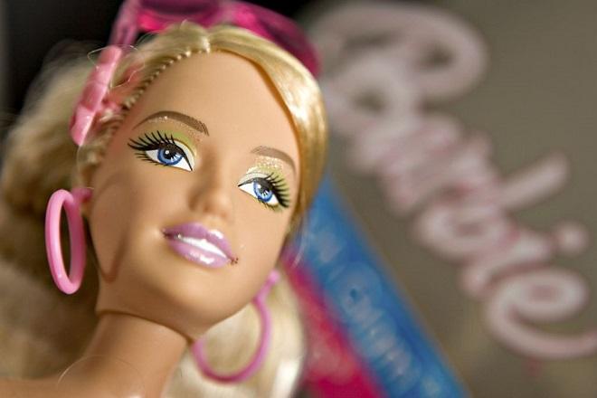Η Barbie… εξηντάρισε: Η διάσημη κούκλα έχει σήμερα γενέθλια- Οι σημαντικότεροι σταθμοί της ζωής της