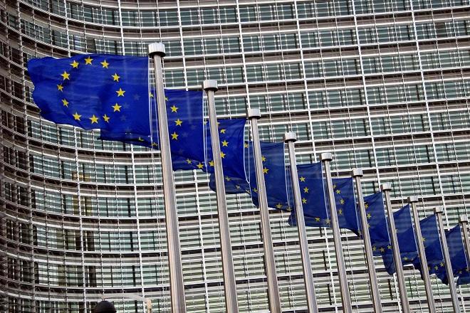 ΕΕ: Από τον Φεβρουάριο του 2021 έχουν εξαχθεί 34 εκατ. δόσεις εμβολίων