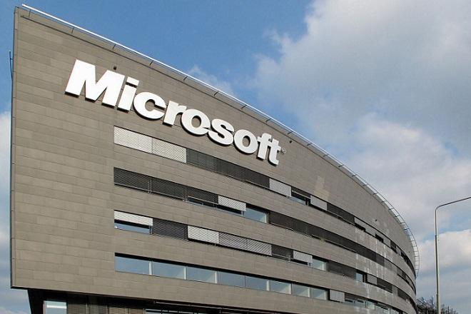 Μήνυση για διακρίσεις λόγω φύλου στη Microsoft
