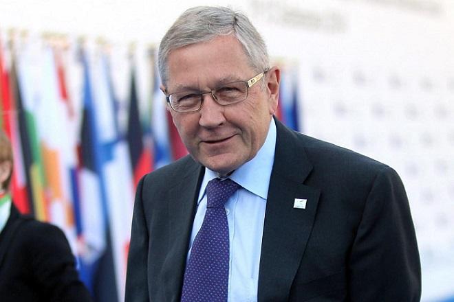 Ο Ρέγκλινγκ αποκλείει το ενδεχόμενο κουρέματος του ελληνικού χρέους