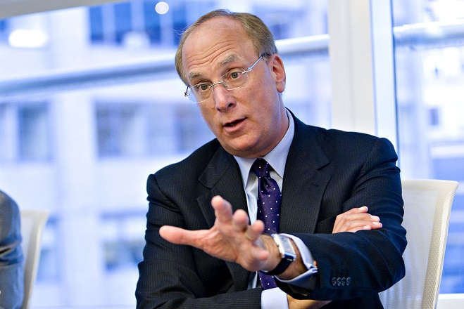 O CEO της Blackrock «διώχνει» την Ελλάδα από το ευρώ