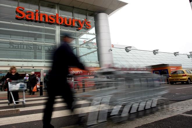 Βρετανία: Συγχώνευση γιγάντων στο χώρο των σούπερ μάρκετ
