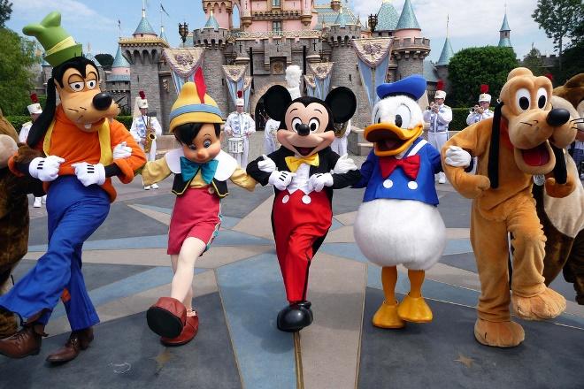 Τέσσερα πράγματα που μπορούν να μάθουν οι επιχειρήσεις από την Disneyland