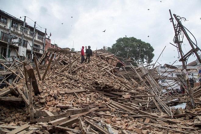 Ξεπέρασαν τους 4.000 οι νεκροί στο Νεπάλ